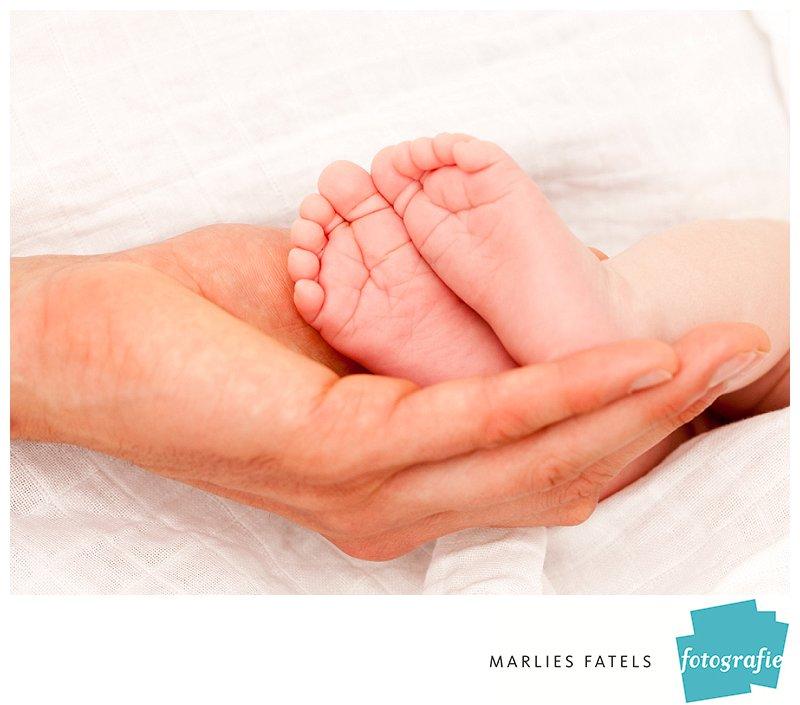 baby-voetjes-professioneel-op-de-foto