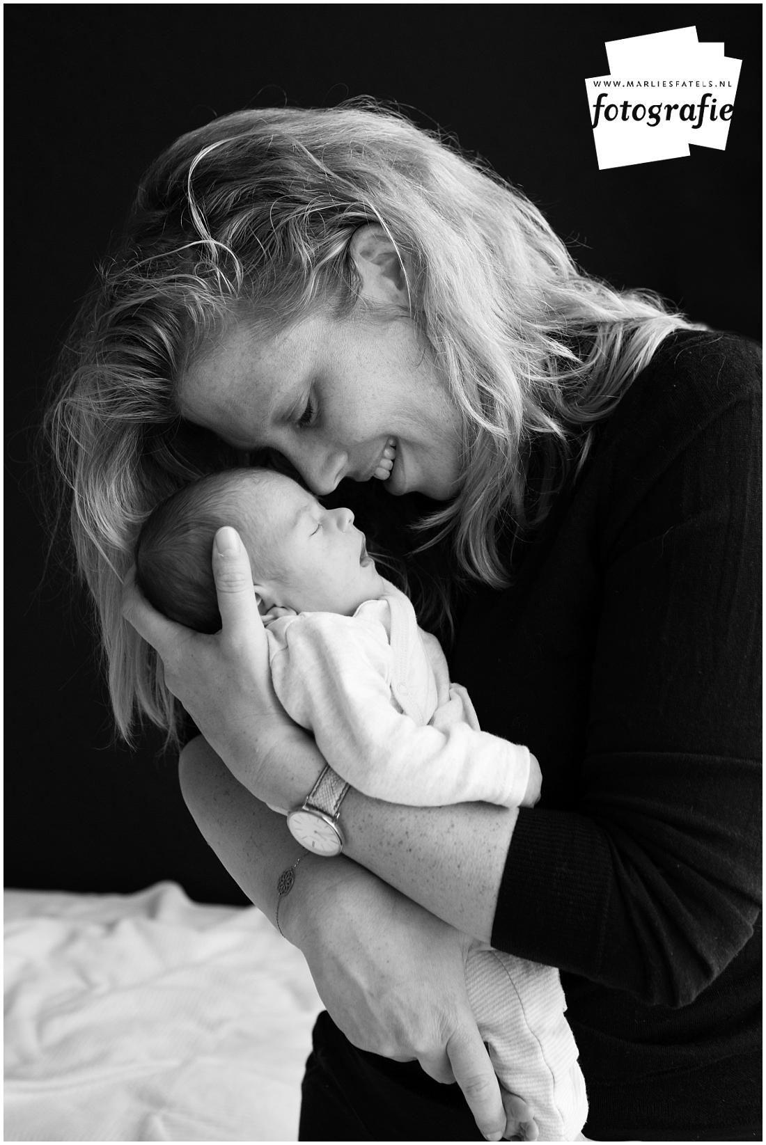 Newborn-fotografie-baby-fotograaf-Castricum-Fatels-5