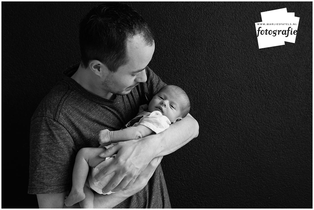 Newborn-fotografie-baby-fotograaf-Castricum-Fatels-28